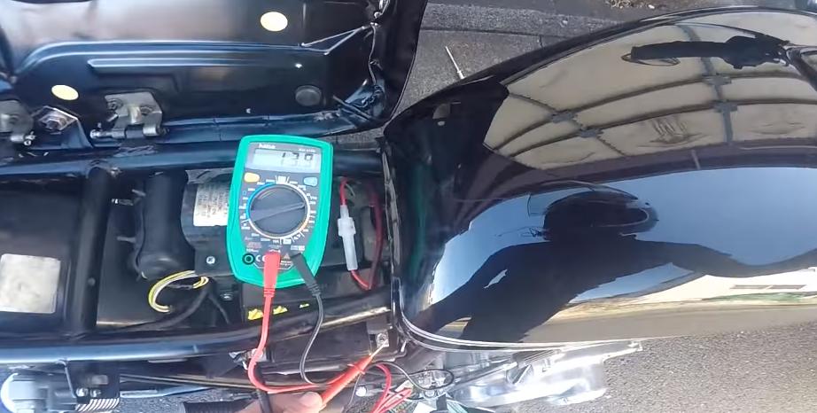 バッテリ電圧