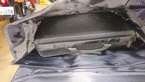 キジマリシャープサイドバッグへ撮影機材を収納