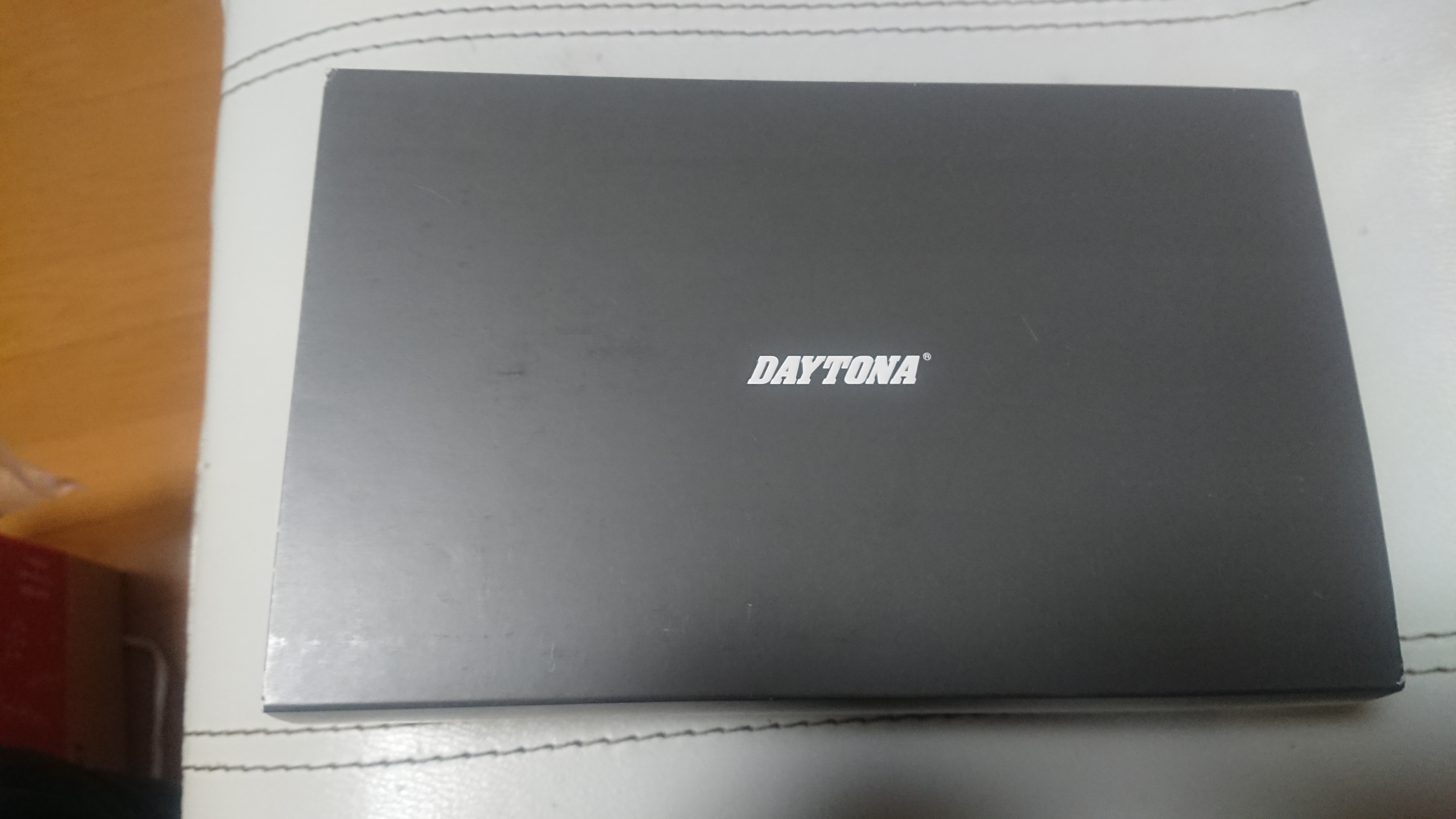 デイトナDT01の外箱