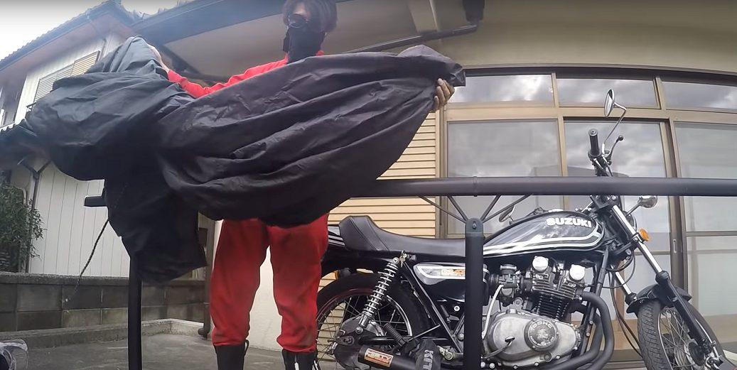 バイクカバーの色